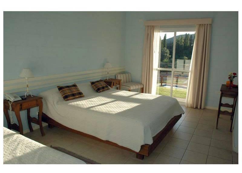 excelente hotel posada en venta en potrero de los funes