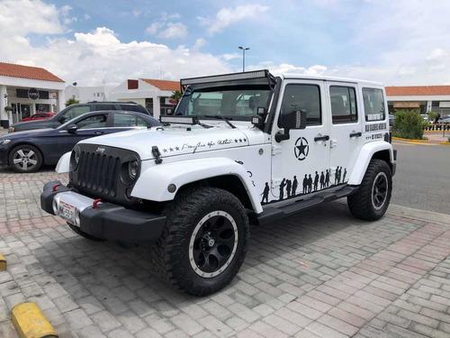 excelente jeep wrangler 2011