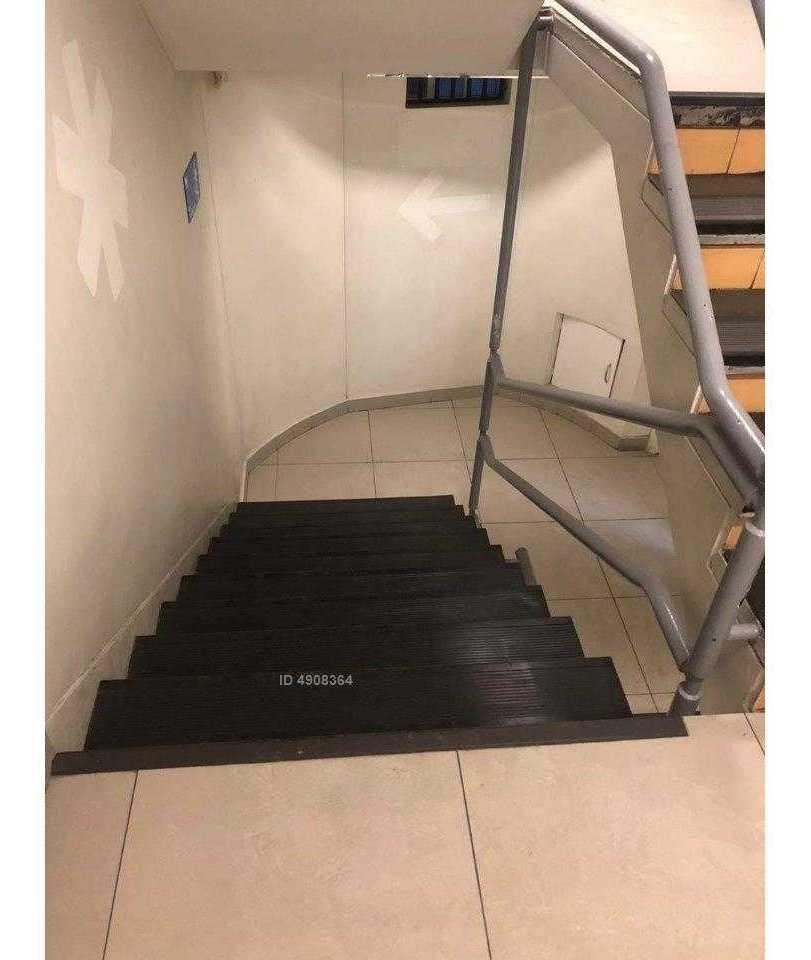 excelente local comercial a pasos metro pedro de valdivia