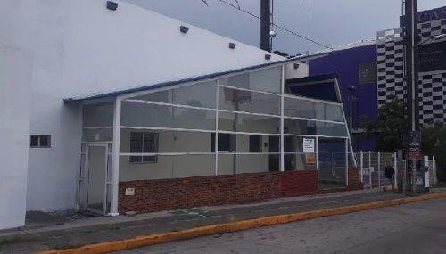excelente local comercial en renta de 1000 m2 en ciudad satélite.