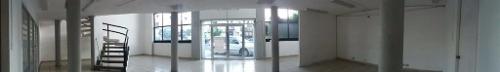 excelente local comercial en renta en avenida principal de san juan del río