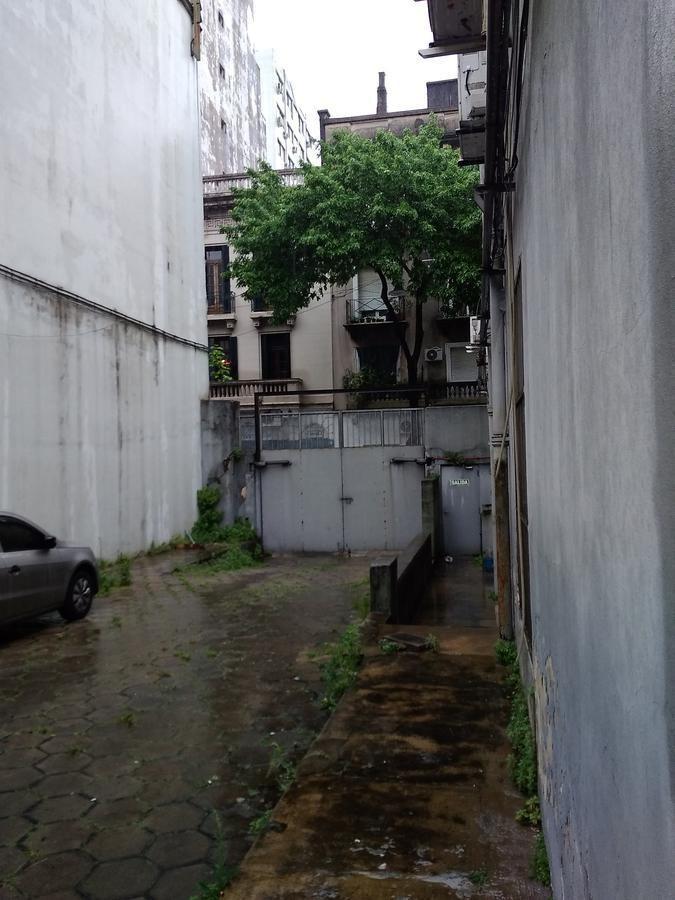 excelente local / deposito en monserrat 1130 m2