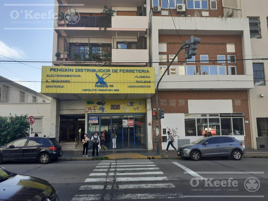 excelente local en avenida principal de quilmes!!!!