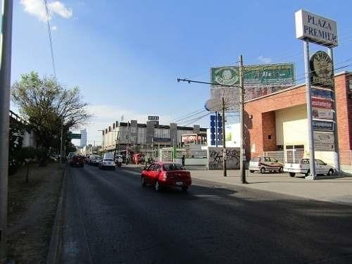 excelente local en plaza premier