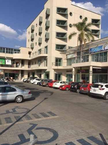 excelente local en venta o renta de 500m en plaza comercial !!