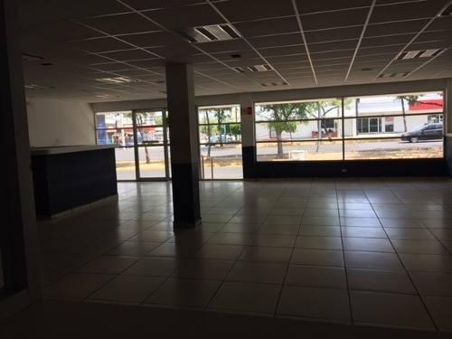 excelente local para oficinas en col. guadalupe