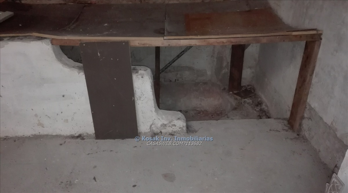 excelente local sobre sarandi 200 m2 + 100 m2 de subsuelo