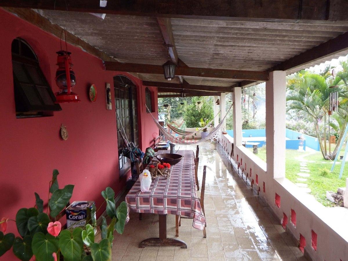 excelente localização chácara a venda com piscina e sauna
