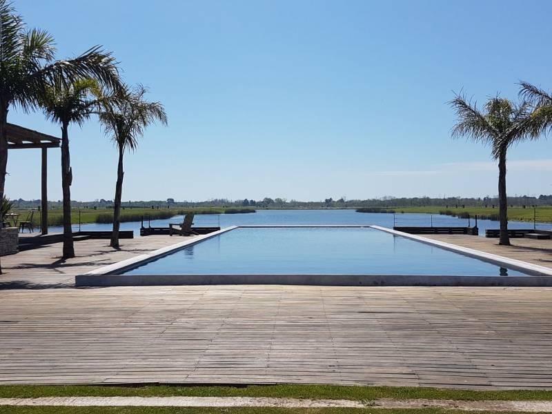 excelente lote a laguna en venta - el naudir aguas privadas