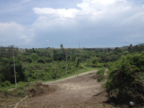 excelente lote con vista al lago / excellent lake view lot