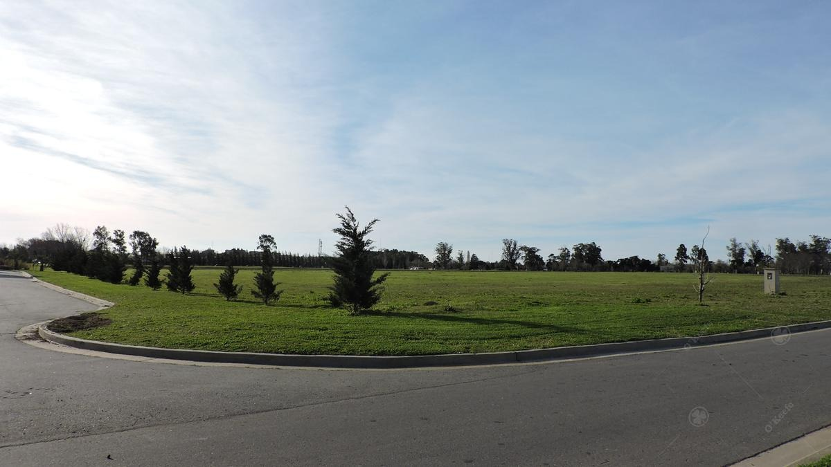 excelente lote de 1100 m2 en greenville