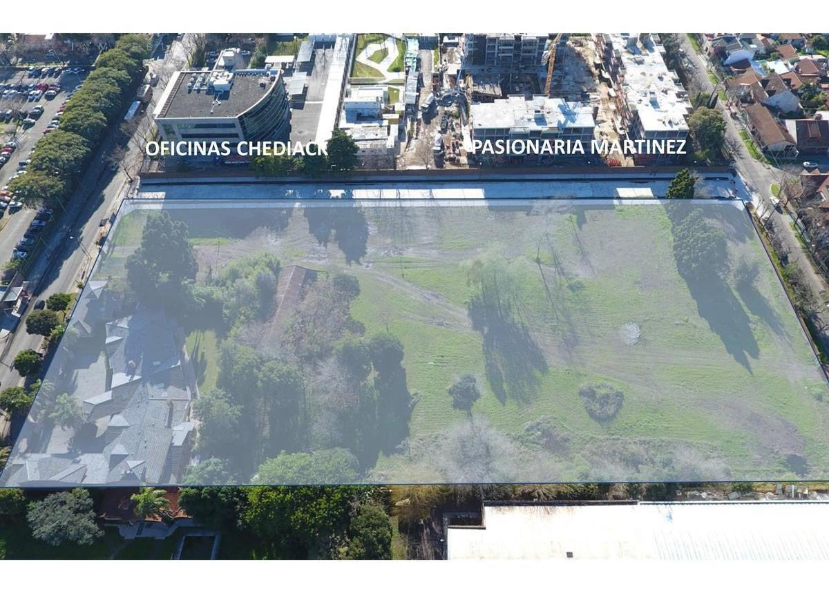 excelente lote de 15.740 m2 de superficie - salida a 4 calles en martinez.