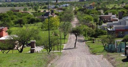 "excelente lote en barrio privado ""causana"" 2000 m2. escritura"