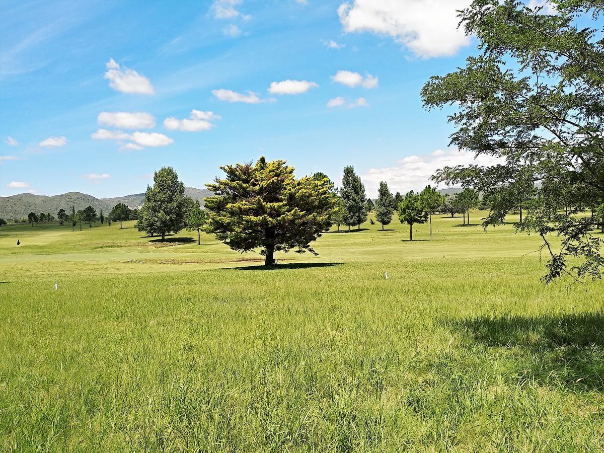 excelente lote en venta en villa carlos paz golf country!!!