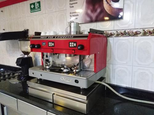 excelente maquina marca astora para preparar capuccino,cafe