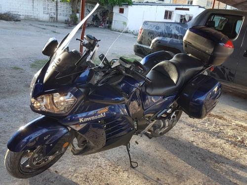 excelente moto de turismo