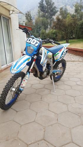 excelente moto  tm 450en ......