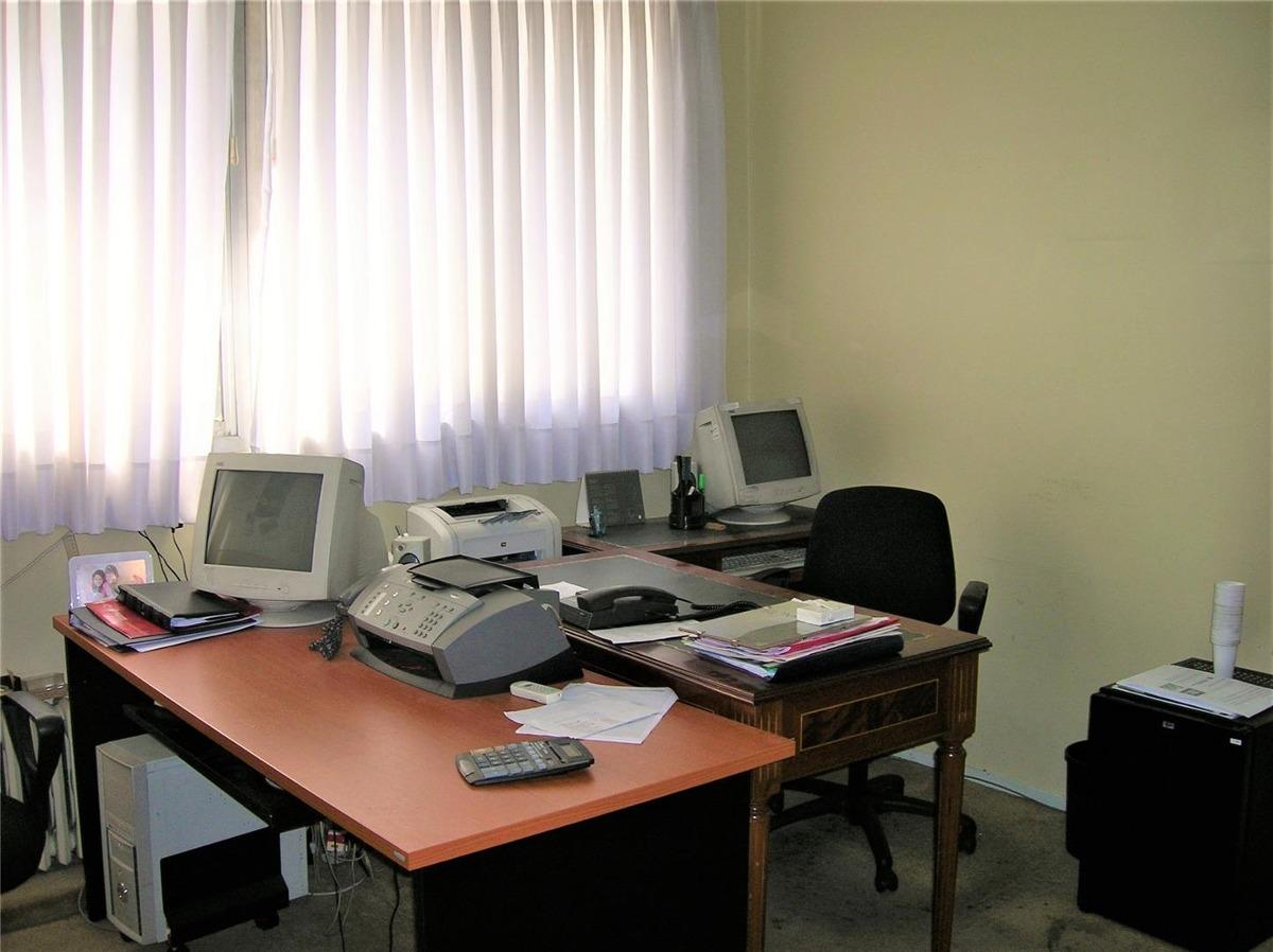 excelente oficina a mts. de av. 9 de julio