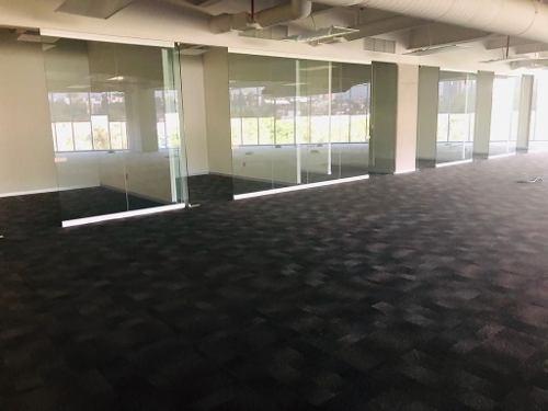 excelente oficina acondicionada en renta de 2000 m2 en lomas de chapultepec.