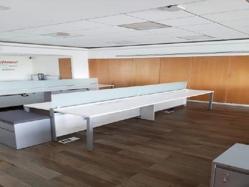 excelente oficina acondicionada en renta de 597 m2 en lomas de chapultepec.