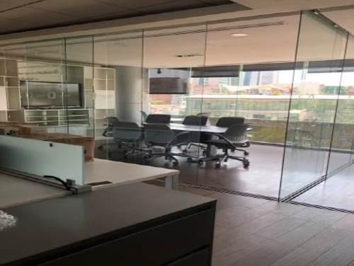 excelente oficina acondicionada en renta de 745 m2 en lomas de chapultepec.