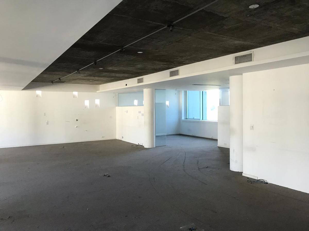 excelente oficina   cocheras  piso completo 400 m2 - luis maría campos 46