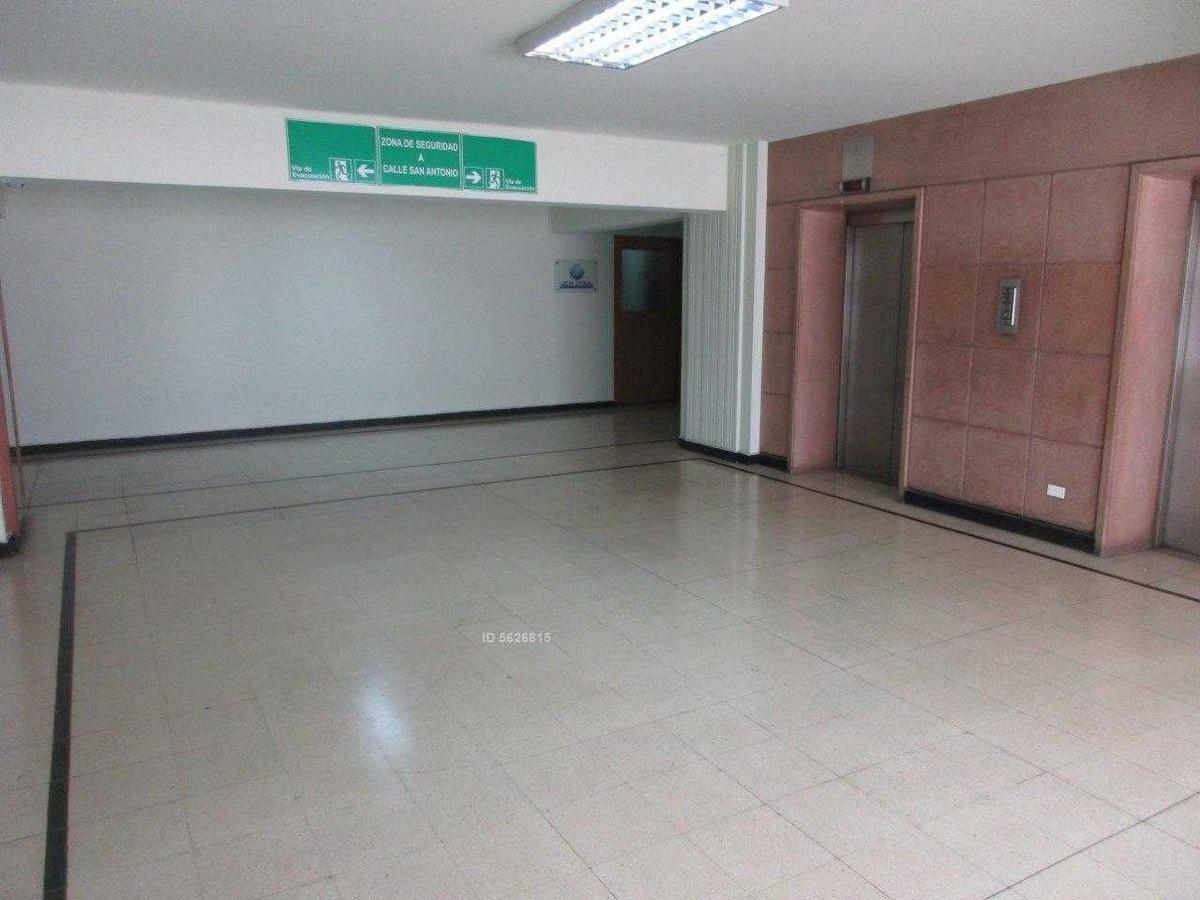 excelente oficina de 100 mt2 en huérfanos entre san antonio y mac iver, santiago centro