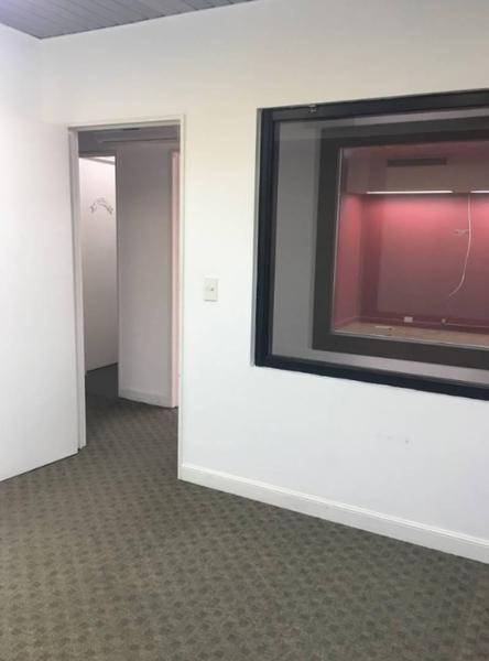 excelente oficina en alquiler microcentro
