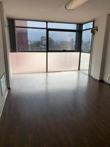 excelente oficina en la del valle 102 m2