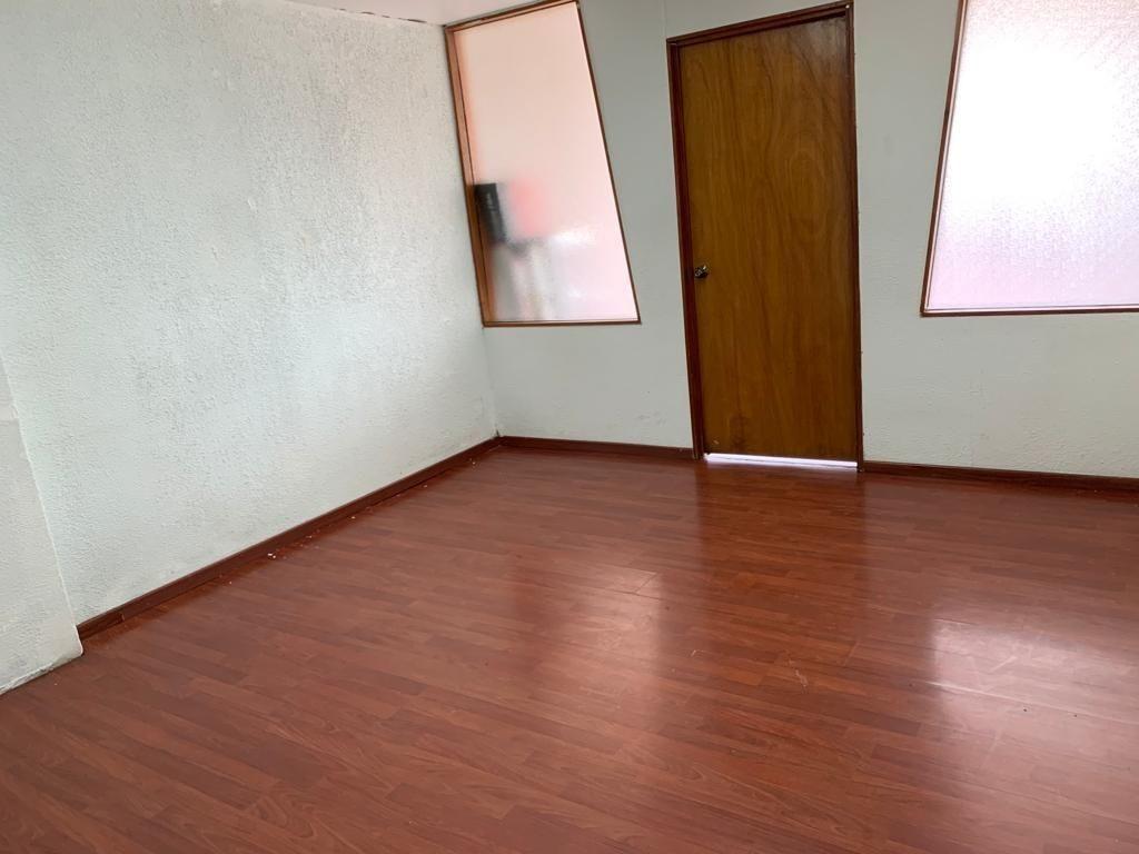 excelente oficina en la del valle  63 m2