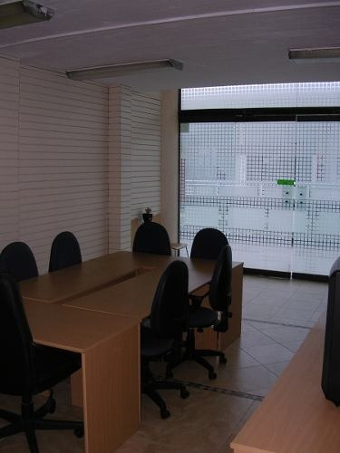 excelente oficina en renta