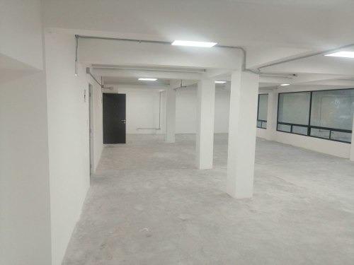 excelente oficina en renta de 170 m2 en del valle norte.