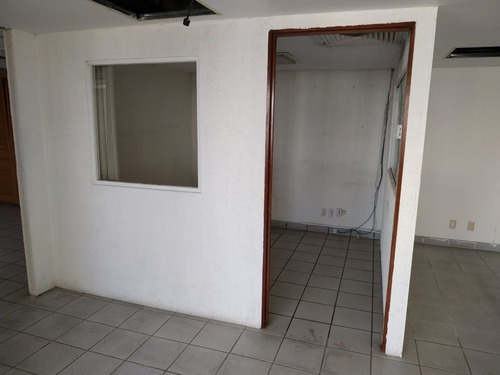 excelente oficina en renta de 189 m2 en colonia juarez.