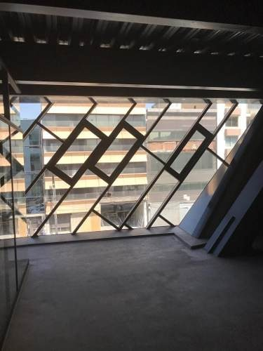 excelente oficina en renta de 236 m2 en río tiber.