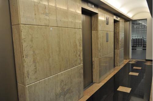 excelente oficina en renta de 350 m2 en nápoles.