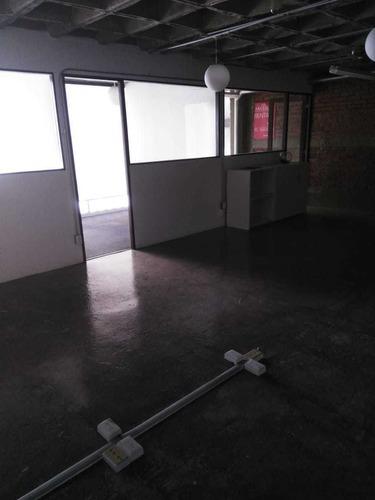 excelente oficina en renta de 475 m2. 901