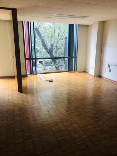 excelente oficina en renta de 60 m2. p2