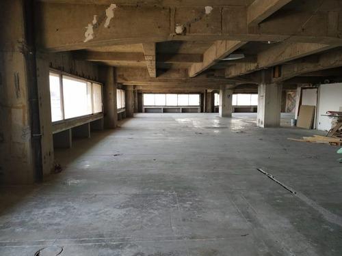 excelente oficina en renta de 611 m2 en colonia juarez.