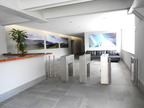 excelente oficina en renta dentro de corporativo pirámides de 115 m2