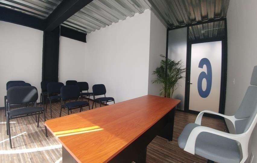 excelente oficina equipada en renta 12 m2 en atizapán
