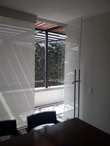 excelente oficina equipada en renta de 12 m2 en cuauhtemoc.