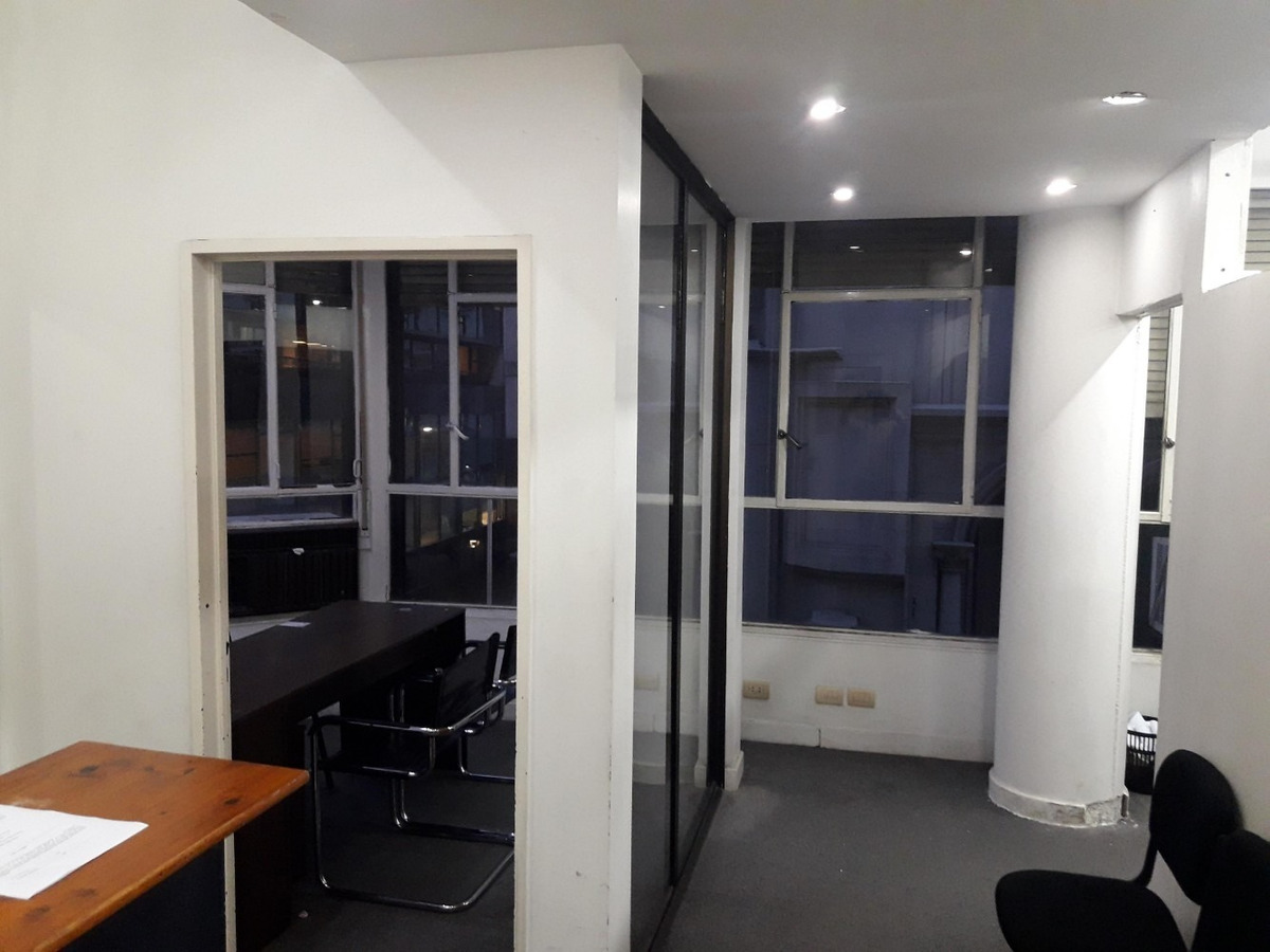 excelente oficina mitre 688