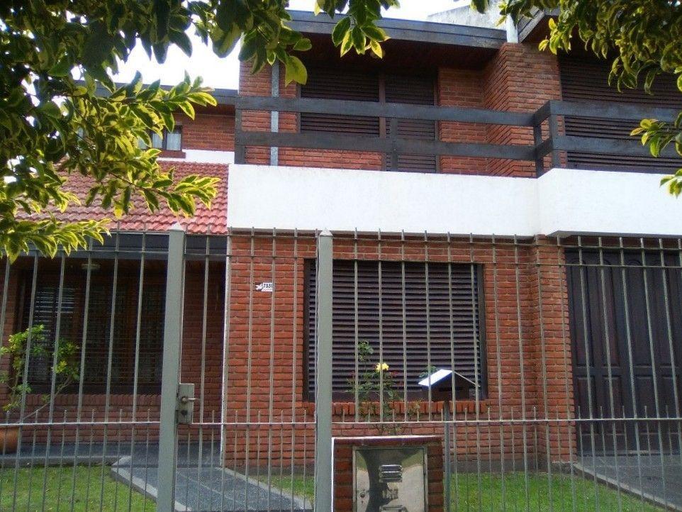 excelente oportunidad casa en venta en mar del plata (v1380)