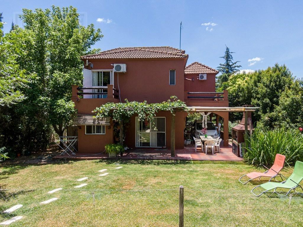 excelente oportunidad casa sobre lote lateral- barrio san agustín, villanueva