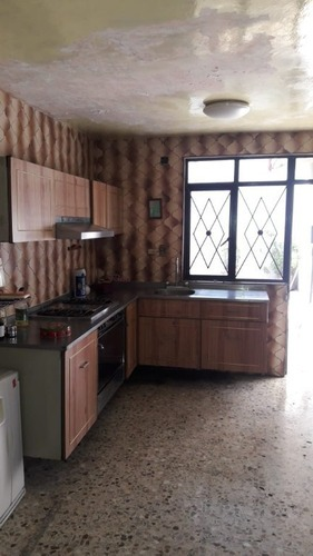 excelente oportunidad de venta casa con excelente ubicación en azcapotzalco a 5mn de metro rosario ,