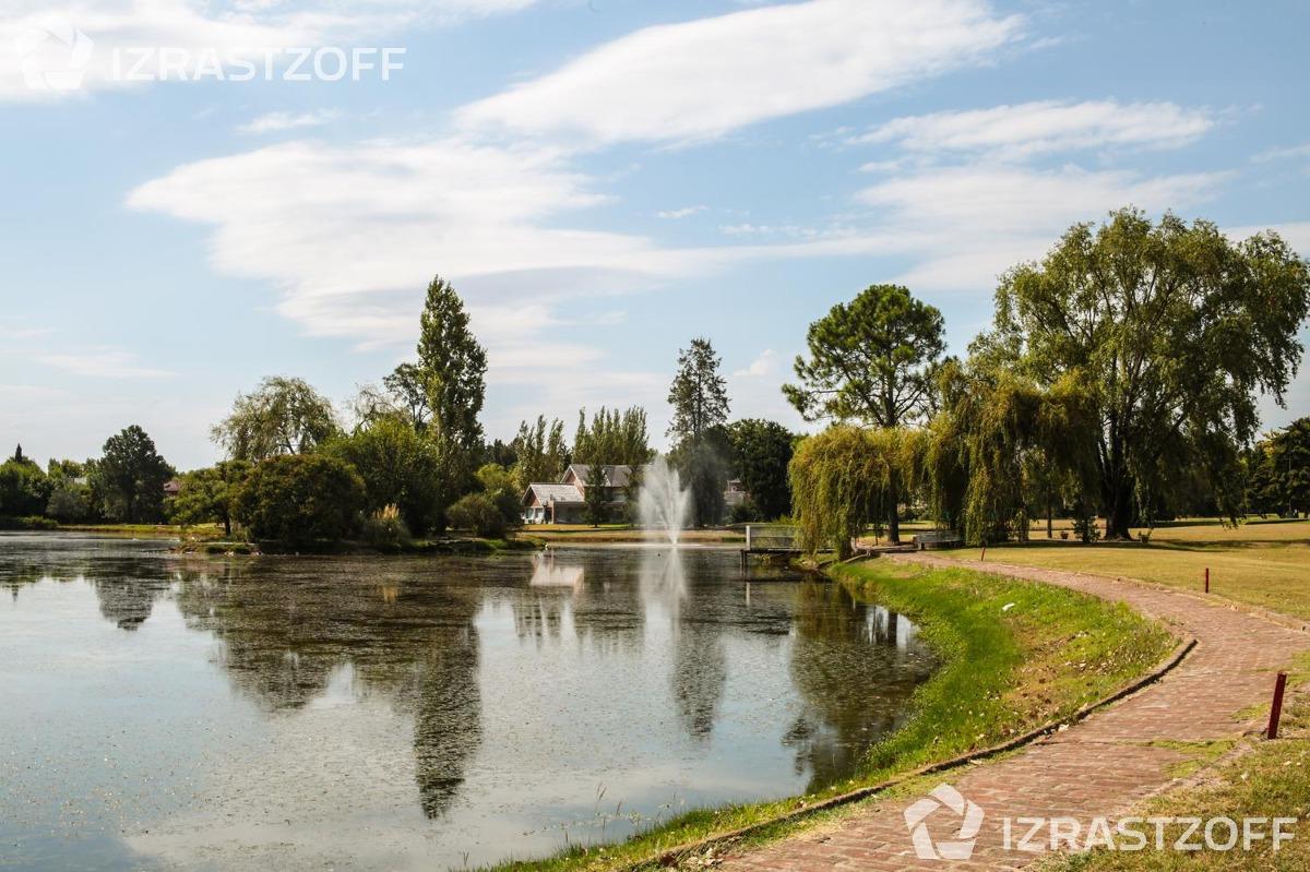 excelente oportunidad para tener tu casa de los sueños en el country pilar del lago