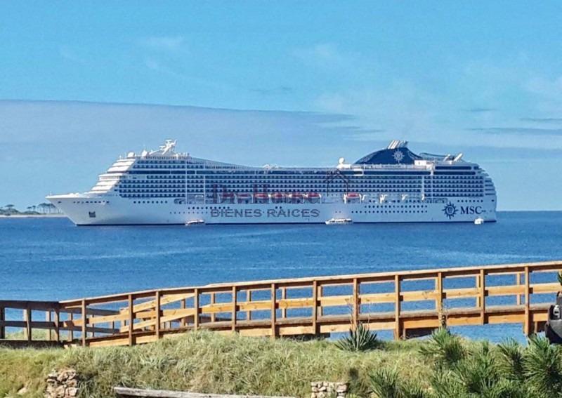 excelente oportunidad primera linea con vista al mar, en la 22 mansa !!-ref:63
