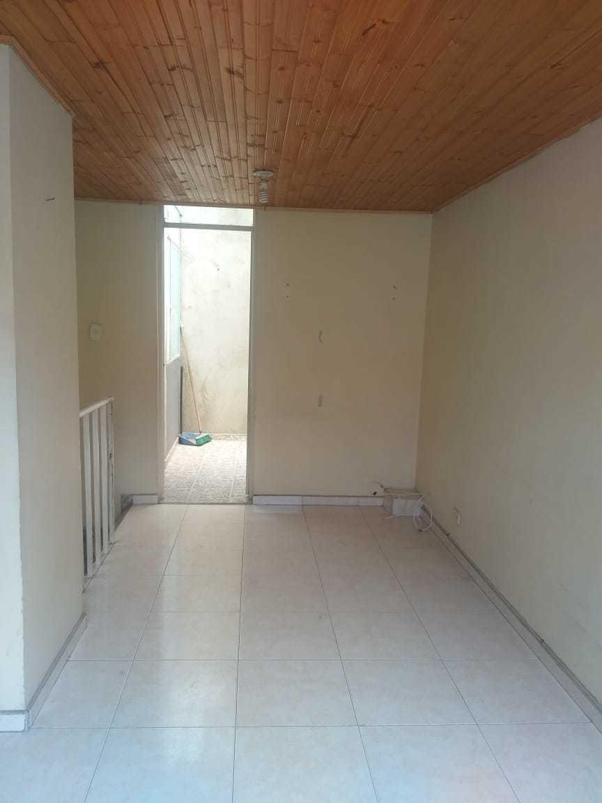 excelente oportunidad venta de casa 68mts (2) construidos