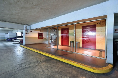 excelente pent office en venta de 928 m2 en santa fe.