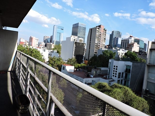 excelente penthouse cerca de torre diana y paseo reforma